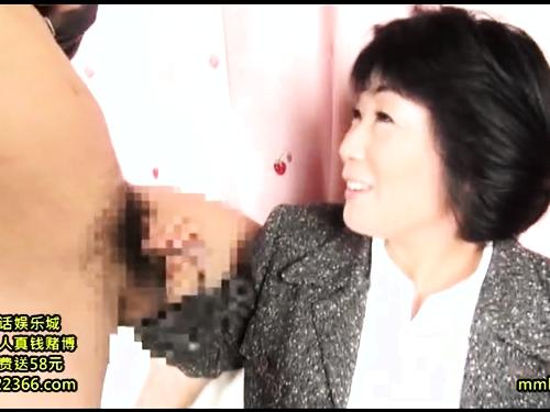 【ナンパ】爆乳熟女のフェラ