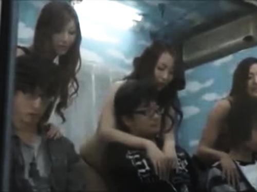 【マジックミラー号】神乳素人のエロ動画
