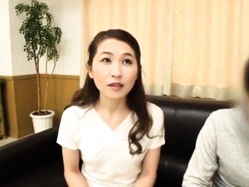 【熟女ナンパ】ぽっちゃり巨乳痴女のフェラ