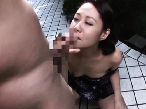 スレンダー痴女の不倫エロ動画