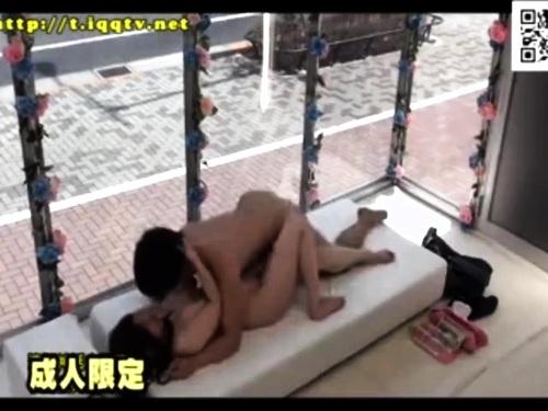 【素人ナンパ】友達の盗撮クンニエロ動画