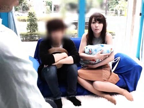 【寝取】かわゆい美女の不倫アヘ顔イタズラ騎乗位ハメ撮り