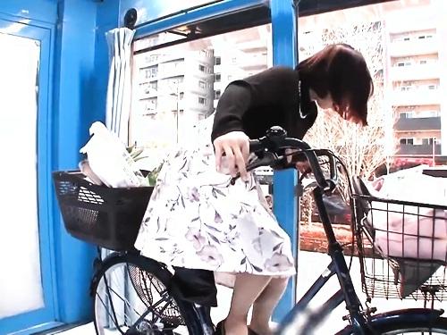 【人妻ナンパ】美乳お姉さんの顔射