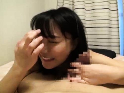 【人妻ナンパ】フェラパイズリちゃっかり中出しエッチされちゃう美乳神乳人妻
