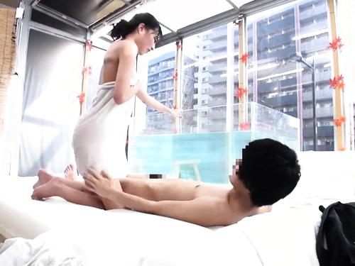 【素人ナンパ】美乳巨乳女子大生の盗撮エロ動画