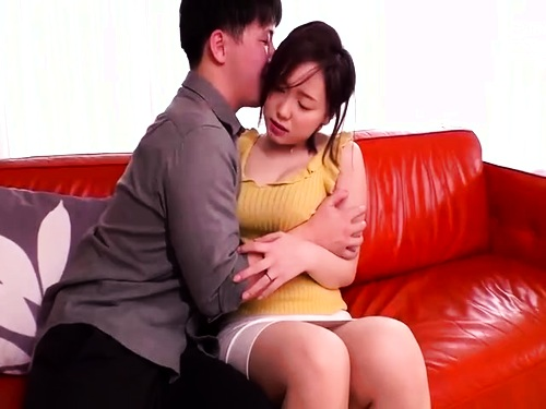 【寝取り】パンスト爆乳人妻のフェラ