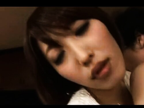 【寝取られ】フェラ中出しファックされちゃう美巨乳ショートカット痴女