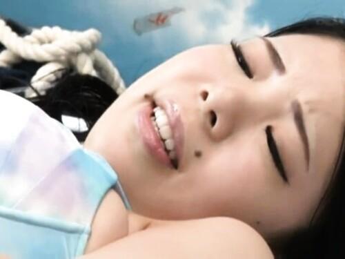 【寝取られ】潮吹き孕ませ中出しされちゃうビキニ超乳ギャル