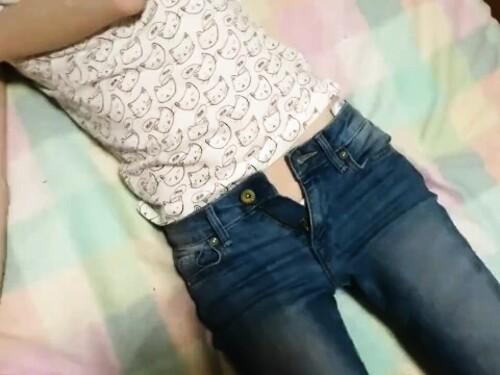 【個人撮影】スレンダー素人お姉さんの快楽オナニー