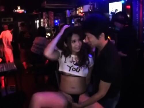 フェラ種付けハメ撮りがっつり膣内射精されちゃうキュートなムチムチ美少女