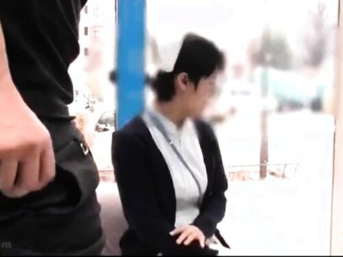 【マジックミラー】着衣たっぷり膣内射精されちゃうスレンダー美女