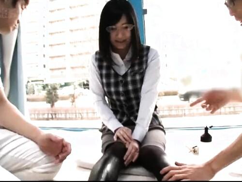 【素人ナンパ】タイトスカート素人タイツOLのエロ動画