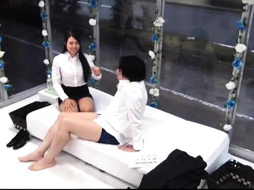 【マジックミラー号】スーツ女教師のエロ動画