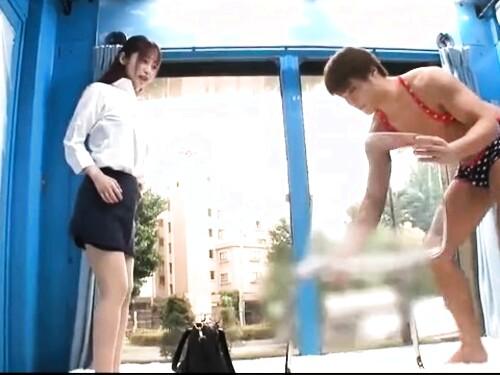 【マジックミラー】たっぷり中出しされちゃう巨乳タイトスカート素人お姉さん