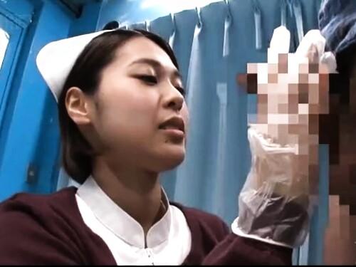 【素人ナンパ】美乳巨乳ナースのフェラ