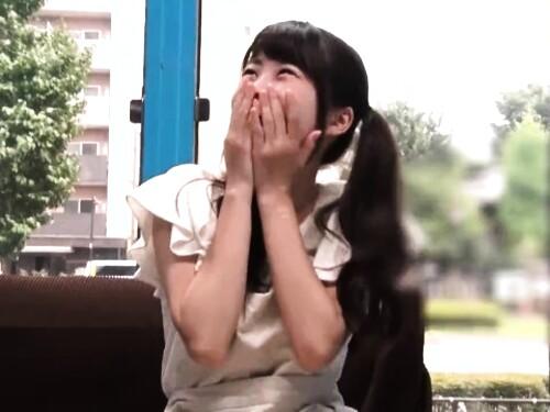 【マジックミラー号】素人女子大生のフェラ