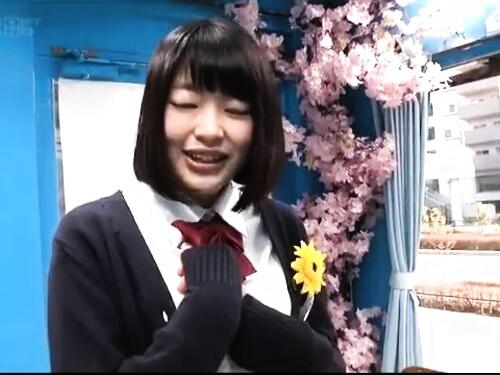 【素人ナンパ】ちっぱいパイパン女子生徒のエロ動画