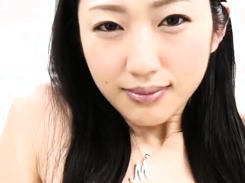 巨乳芸能人のエロ動画